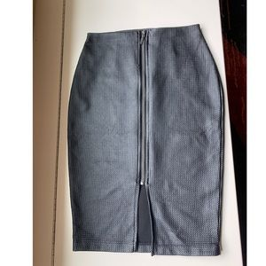 Faux leather zip up front black skirt